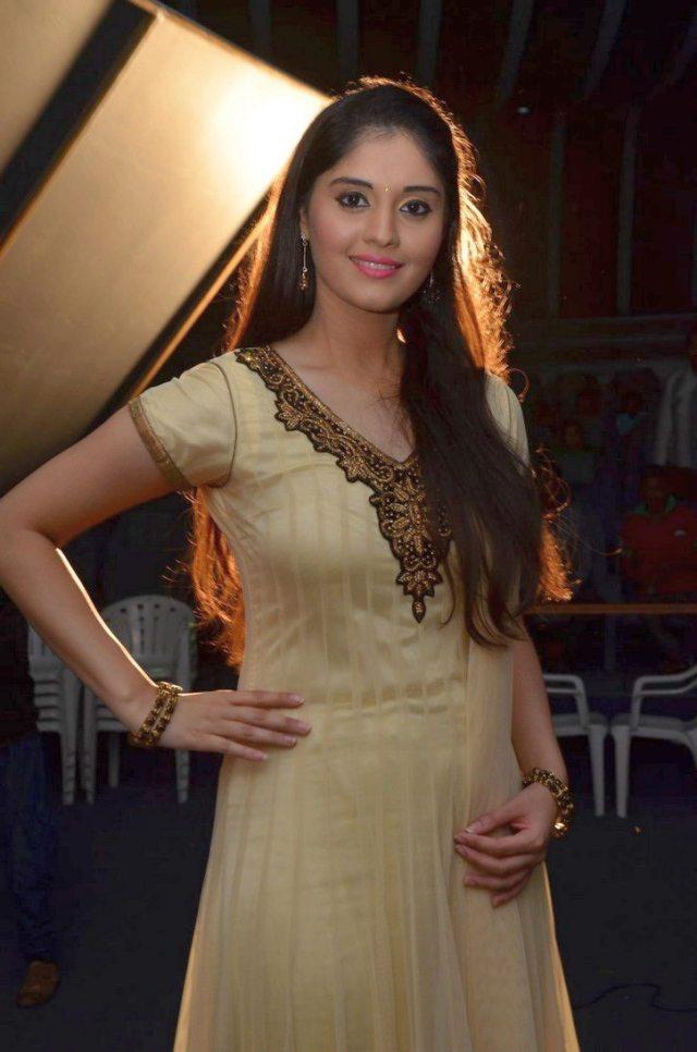 Actress-Surabhi-Latest-Gallery