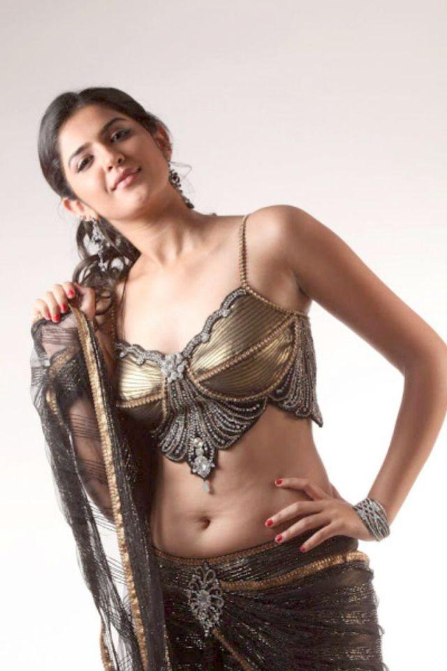 actress-deeksha-seth-hot-stills-10