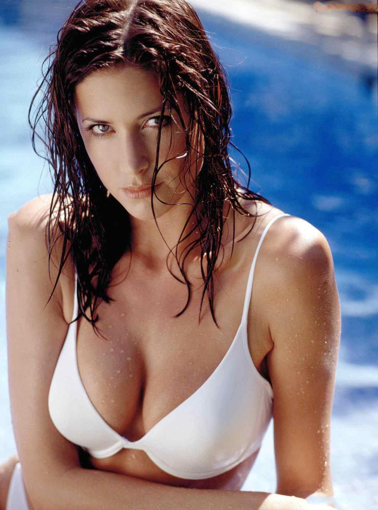 Katrina Kaif Sexy Plump Navel Boob Curves Hot Cleavage -1764