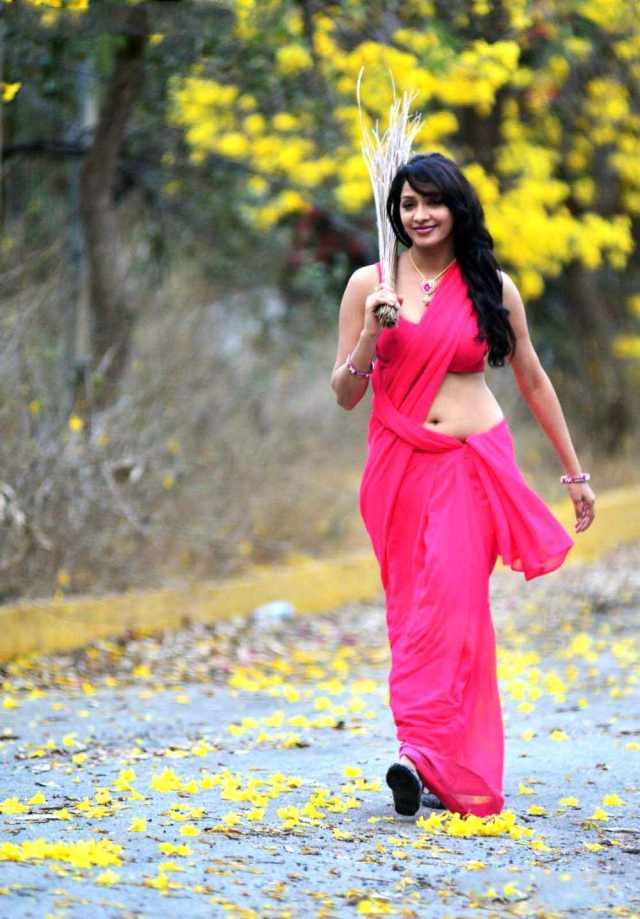 Kesha-Khambhati-in-Close-Friends-Movie---(2)4808