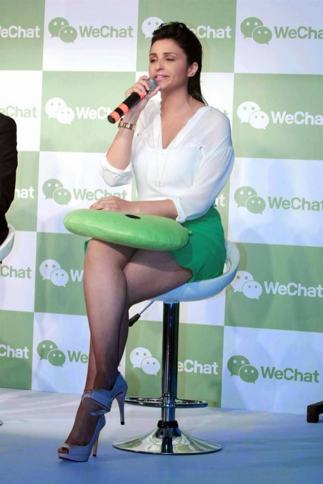 n3ncqhwo4jgajzd7.D.0.Parineeti-Chopra-interacting-with-the-media-at-the-launch-of-WeChat-application-by-Tencent-in-Mumbai--2-