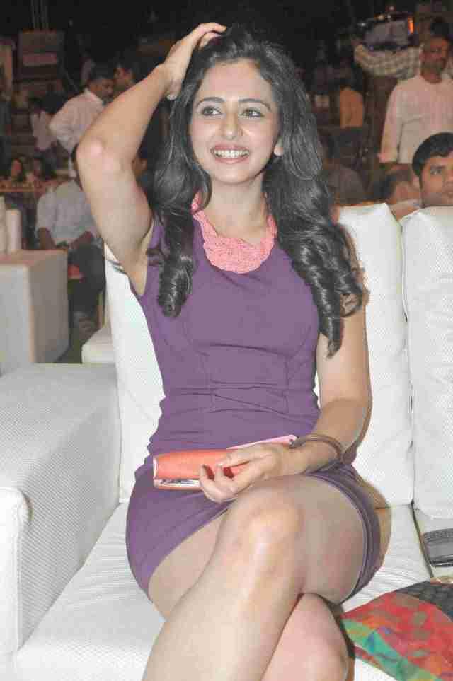 Rakul-Preet-Singh-2015-south-model-and-actress-hd-wallpapers