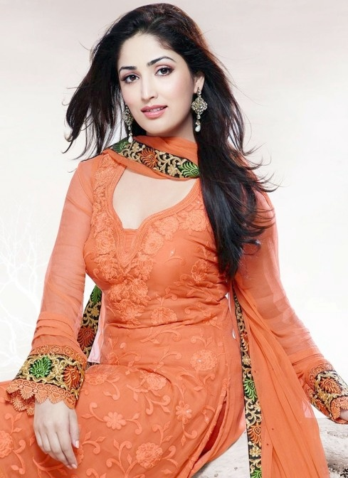 sensational-yami-gautam-embroidered-churidar-suit-slshtxfn-fed35a60d9410cd41354b102b851cd84-smaller-64640