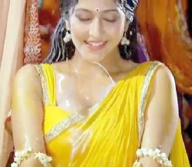 Sonarika Bhadoria (15)