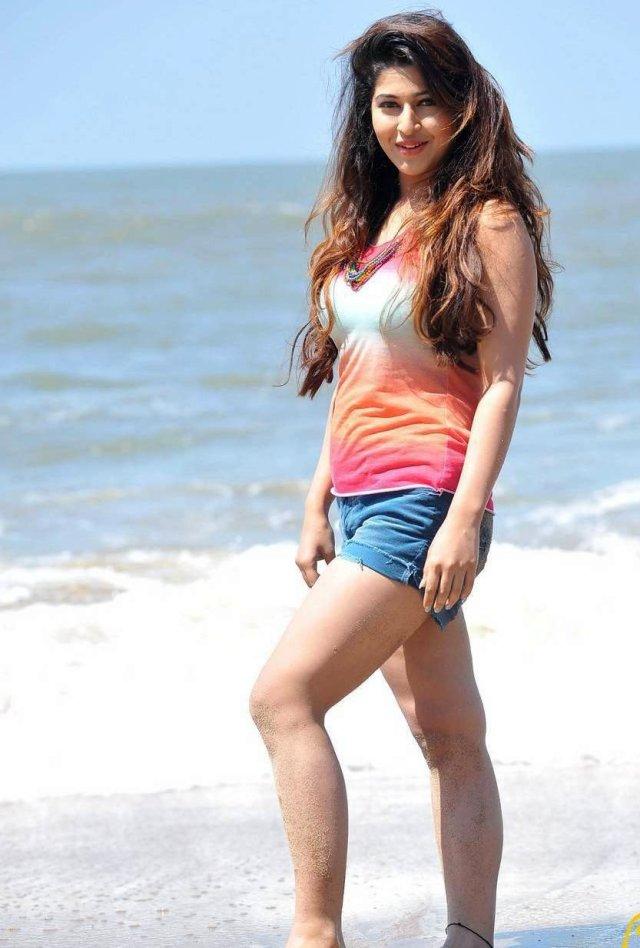 Sonarika-Photos-in-Jadoogadu-Movie-11