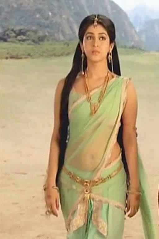 Hindi-Tv-Serial-Actress-Tv-Actress-Navel-Show-in-Saree