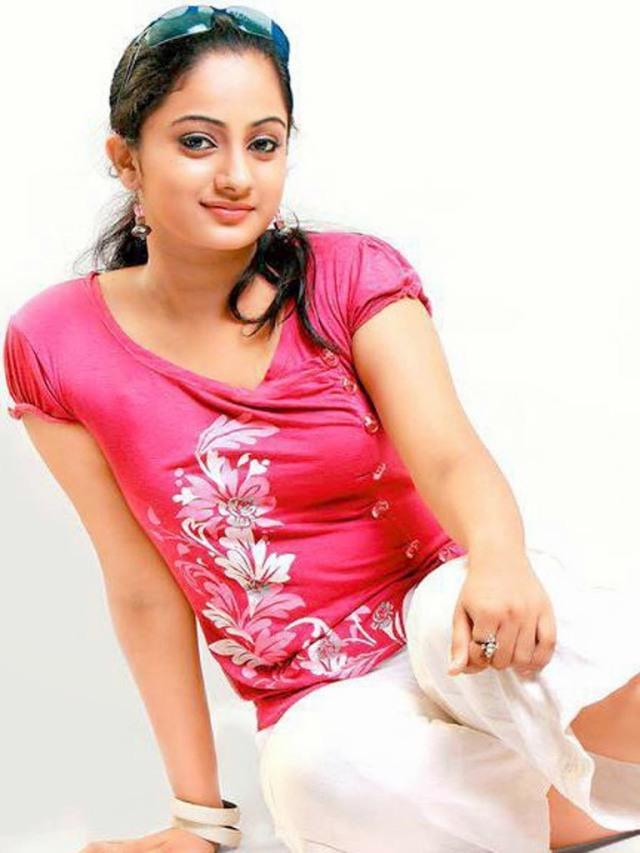 Kollywood-Actress-Namitha-Pramod-Wallpapers-3-