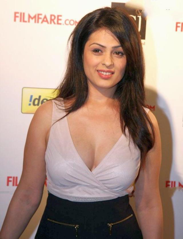 Anjana Sukhani - 237