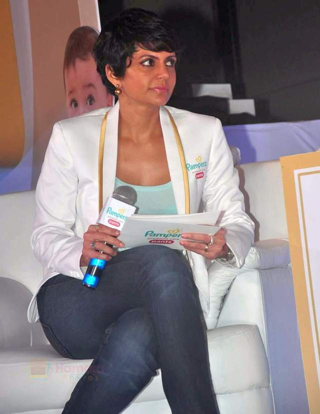 hpse_fullsize_35136_2705374287_Mandira Bedi at Pampers event on 20th Sept 2015 (29)_55ffac818a3e8