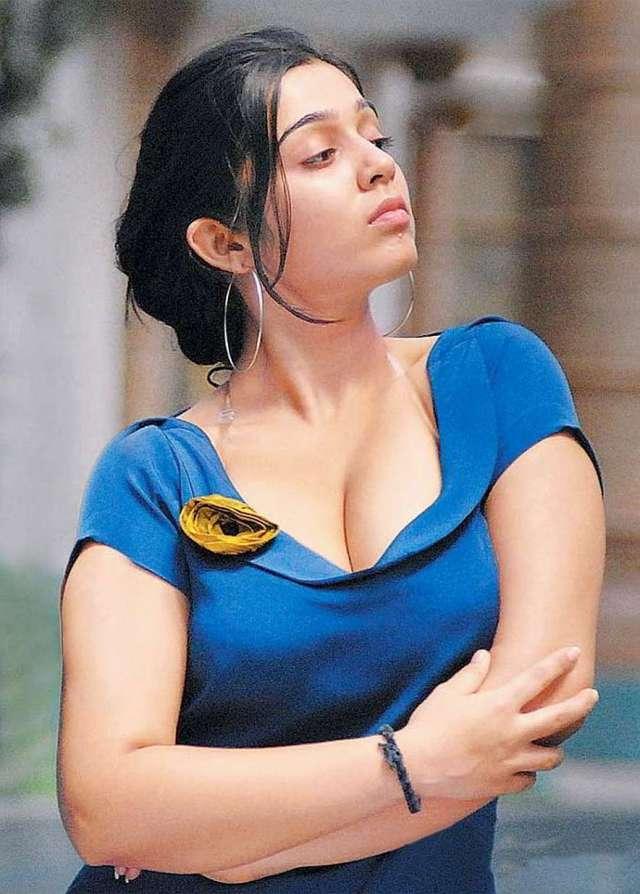 actress-charmi-hot-photoshoot-stills-pics