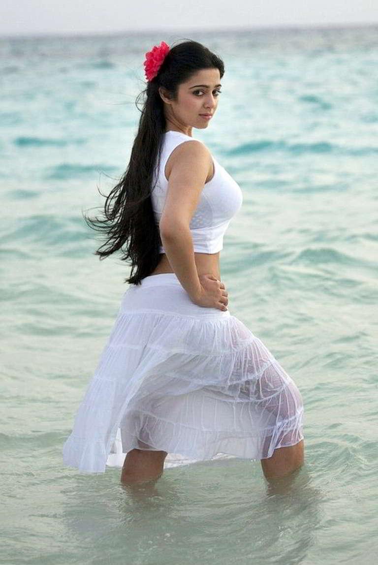 Best Of Hot Busty Maal Charmi Kaur Navel Thighs Boobs -4146