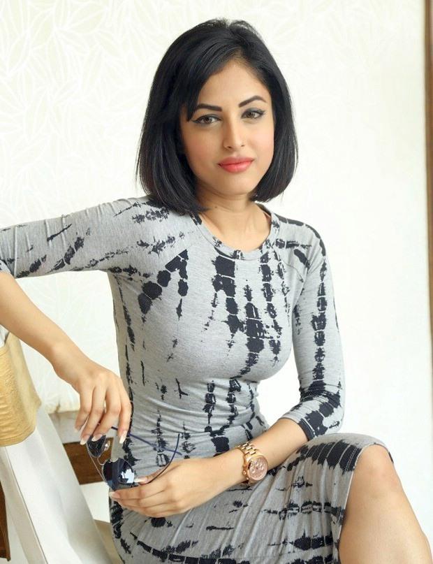 Priya-Banerjee-Latest-Photos-3